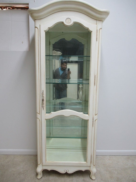 Ethan Allen Country French Paint Decorated Curio Cabinet Display China Hutch B
