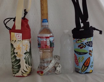 Insulated tote for 16 - 25 oz. (half liter to 750ml) containers surfboard flip flops or tropical floral