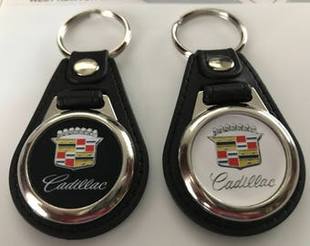 CADILLAC KEYCHAIN SET black and white 2 pack
