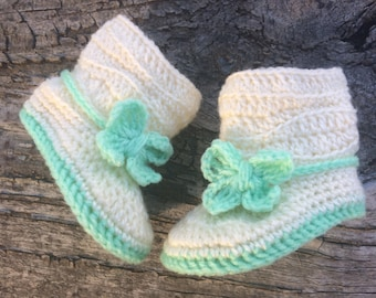 Crochet Baby Boots. Slouchy Baby Booties in White or Gray with Pink, Peach, Lavender or Mint 3-9 months