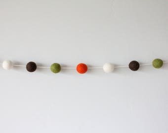 Fall felt ball garland, fall decor, Thanksgiving decor, Thanksgiving garland, autumn garland, autumn decor