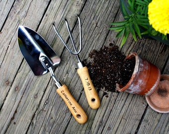 Personalized Garden Tool Set  Hand Trowel  Short Shovel  Gardener Gift    Gift For