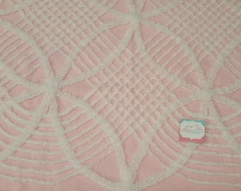 """18""""x 24"""" PINK & WHITE Vintage Chenille Fabric-Chenille Bedspread fabric for Quilting projects-.Cottage chic fabric-Chenille quilt fabric"""