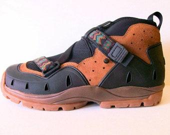 Original Teva Mens Sandalhiker Sneakers Hiking Boots // Mens Sz 9.5 Womens Sz 11 // Wet Dry Shoes // Wear to Insoles
