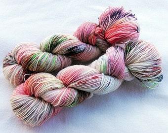 Handdyed SockYarn, 75 Wool, 25 Polyamid 100g 3.5 oz. Nr. 317