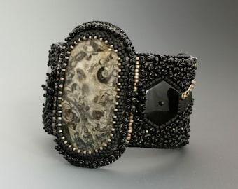 Bead Embroidery Cuff Bracelet. Turitella. Glass beads.