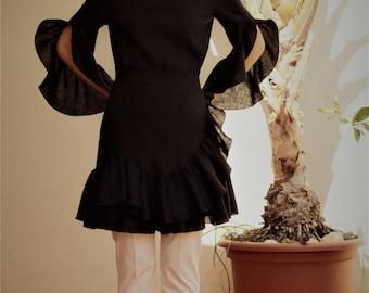 Multi layered dress, linen // black dress / black linen dress / flounces / black linen #kadrika