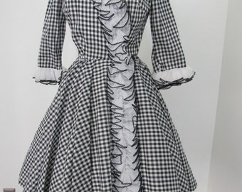 Early 1960s Rockabilly Classic Black & White Gingham Dress with Full Circle Skirt and Soft Ruffle