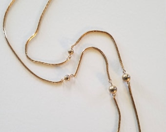 Vintage 1978 Avon Gold Tie-the-knot Chain Necklace