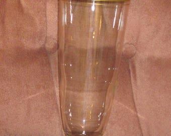 Vin. Large Gold Trimmed Vase
