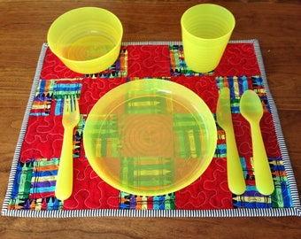Quilted Kids Placemat / Crayons