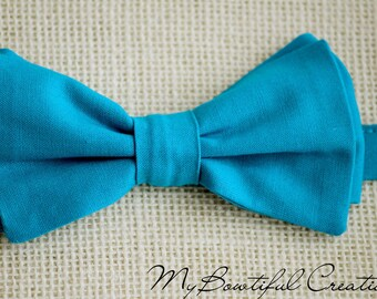 Turquoise bow tie, teal blue bow tie, mens bow tie, kids bow tie, groomsmen bow tie, groom bow tie, wedding bow tie, ring bearer bowtie