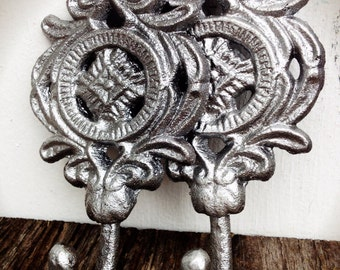 BOLD set of 2 ornate medallion wall hooks // shimmering metallic silver chrome // towel coat hook // shabby cottage chic // rustic floral