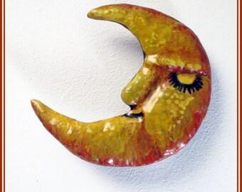 Broche de luna artesanal, broche hecho a mano, regalo para ella, broche para chaqueta, pin de luna, regalo original, luna complemento,regalo
