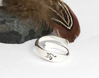 Hand Her a Heart Ring I Love You Arrow Adjustable Wide Item 6274