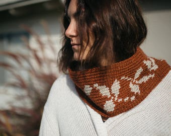 Instant Download, Falling Leaves Crochet Cowl Pattern