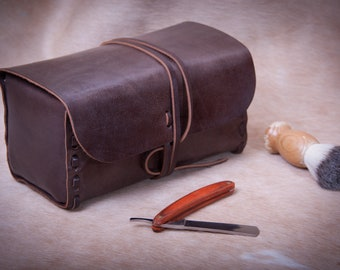 Mens toiletry bag, Toiletry Bag, Leather Dopp kit, Leather toiletry bag, toiletry kit, men's travel case, travel bag, Shaving kit, CHOCOLATE