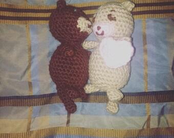 Crochet Otter Couple