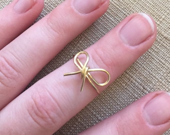 "Dainty ""Forget-me-Not"" Bow Gold Wire Knuckle Ring"