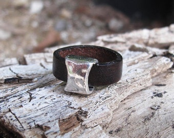 Silver and leather ring - Brown leather statement ring with a Silver plated nugget, boho leather ring