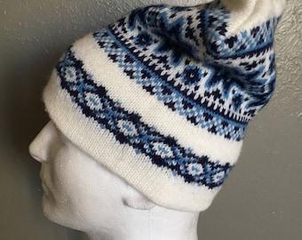 Old School Aris Wool Ski Beanie Hat White and Blue USA Made Winter Cap