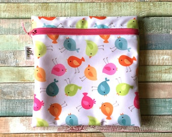 Waterproof snack bag, Washable sandwich bag, White and colorful birds waterproof pouch