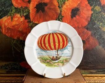 Air Balloon Plate Paris Collection Porcelain Made in France Fr. Robert 1784 Vintage White Ceramic Red Yellow Striped Hot Air Balloon
