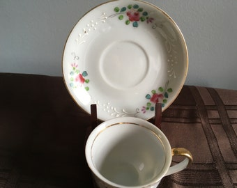 Vintage Tea Cup and Saucer (Maker Unknown)