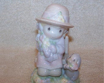 Precious Moments. Salt & Pepper. Two Pieces. Seasoned with a Smile. 2921. 1997. Excellent Condition.