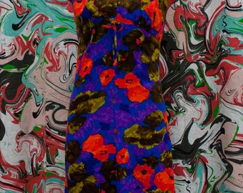Late 1960's early 1970's high neck sleeveless maxi dress