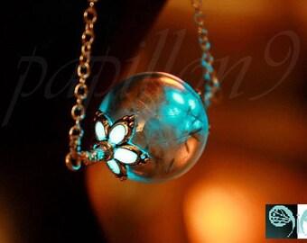 Dandelion Seeds Pendant / Glow in the Dark / Dandelion Necklace / Dandelion Glass Bubble / Dandelion Pendant 05 /