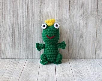 Little Amigurumi Lion : Handmade crochet little amigurumi lion plush toy ready to