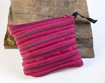 Coin purse made exclusively from zipper, various colors