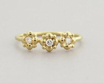 Flower Engagement Ring, Diamond Engagement Ring, 14k Gold Diamond Ring, Delicate Diamond Ring, Small Diamond Ring, Unique Diamond Ring.