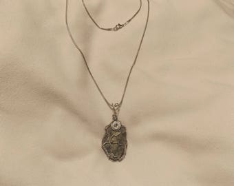 Natural Stone Essential Oils Necklace