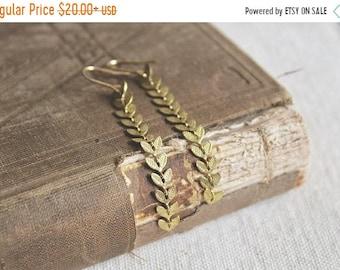 30% OFF SALE Boho chic raw brass leafy chevron chain dangle earrings, lightweight earrings, Vine to Vine