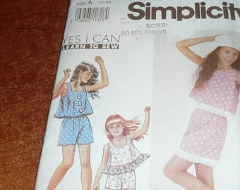 Vintage Simplicity 7300 Girls Shorts And Top Uncut Sewing Pattern