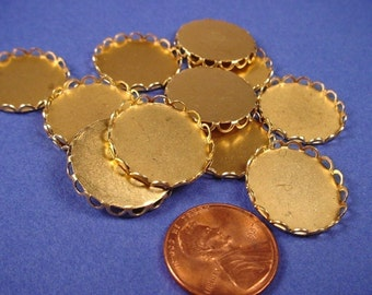 16 Brass Round Lace Edge Bezel Cups 18mm