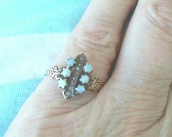 10k Victorian opal  pearl ring