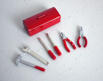 Dollhouse miniature tool set 12 scale miniature