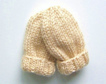 Hand Knit Baby Mittens Size 6 to 12 Months, Gender Neutral Cream Beige Infant Thumbless Mitts, Warm Winter Clothing, Kid Hand Warmers Gift