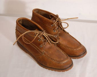 Women Size 10 Vintage Brown Leather Boots / Hiking Boots  / Leather Lace Up Ankle Boots