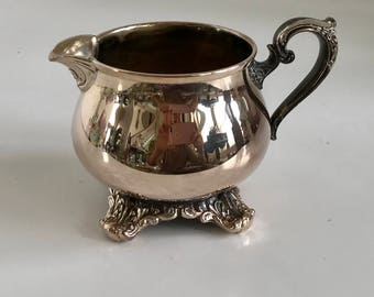 Vintage Wm Rogers & Sons Silverplate Victorian Rose 1904 Creamer
