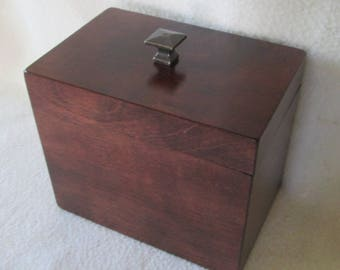 Red Mahogany Note or Recipe Box- 5 X 7 Wooden Note Box - Storage Box  - Note Keeper -  Keepsake Box - Gift