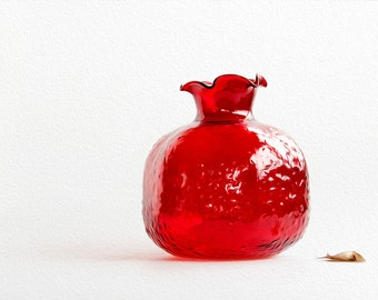 Big Red Glass Pomegranate. Red vase. Perfect gift