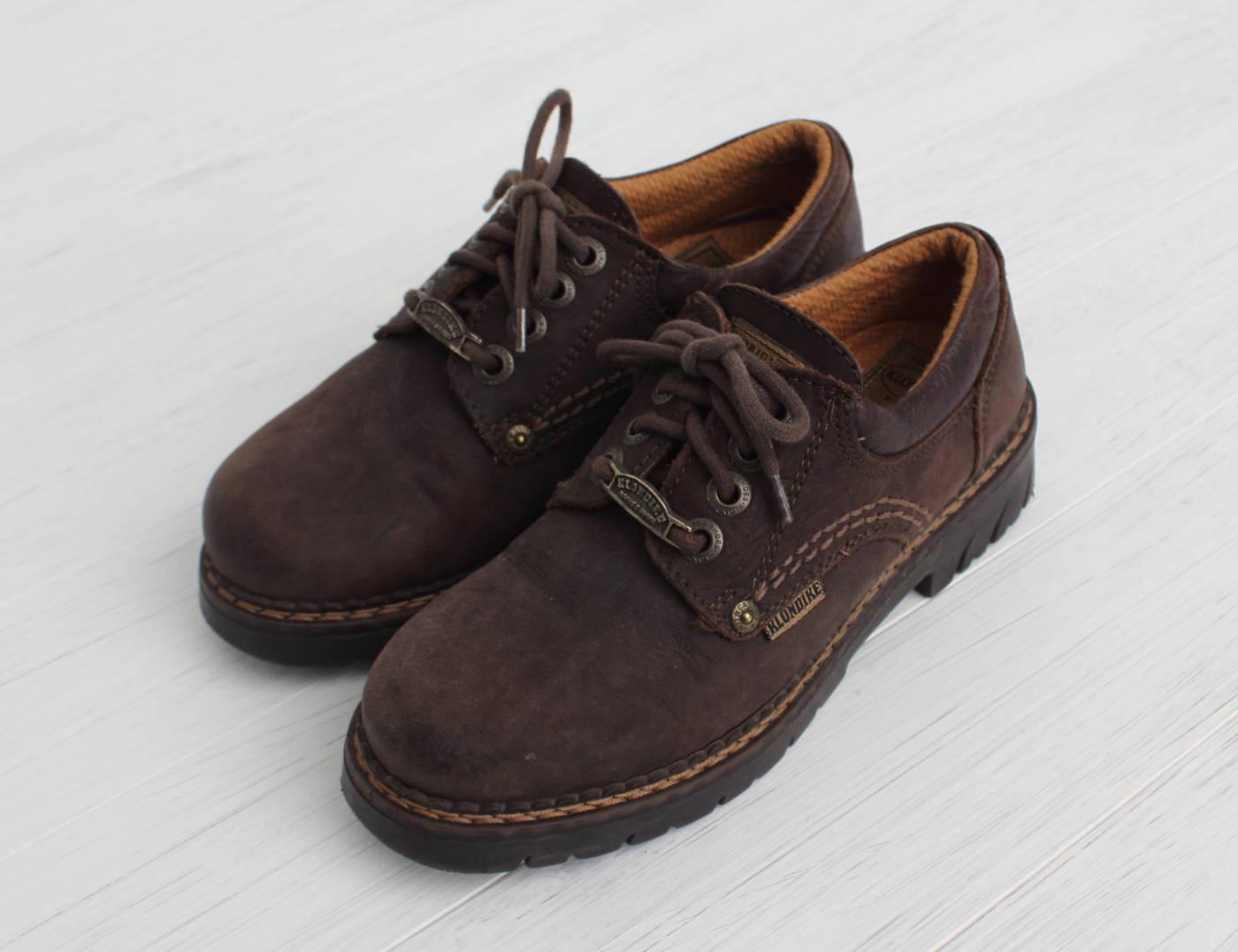 Vintage Brown Suede Shoes/ Size 36