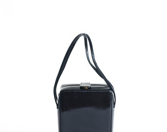 Vintage Wako black patent leather handbag