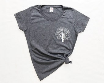 Tree Shirt, Tree Pocket T-Shirt, Shirt Witch Tree, Pocket Tee, Minimalist Tee, Ladies Shirt, Tree T-Shirt, Pocket Tshirt, Stylish Shirts