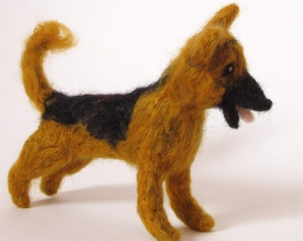 German Shepherd, needle felted dog, wool felt german shepherd miniature pet portrait
