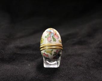 Small Battersea Porcelain Egg Box